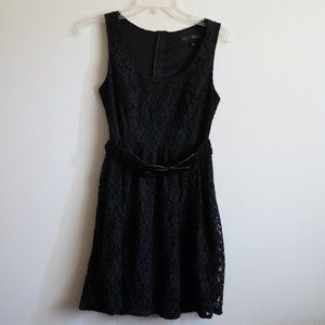 Black laced dress with belt